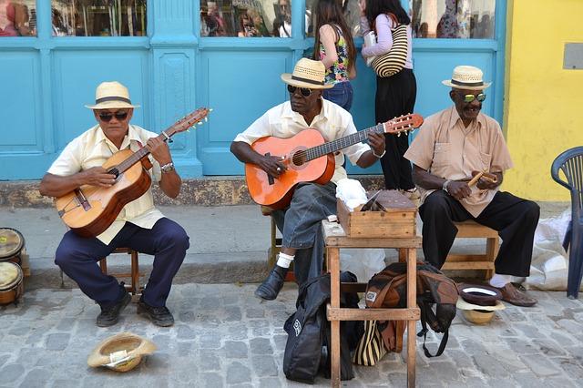 Salsa Musik auf Kuba live